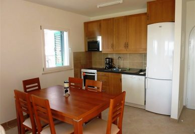 Villa for sale Solta - SO1025AP - kitchen and dining
