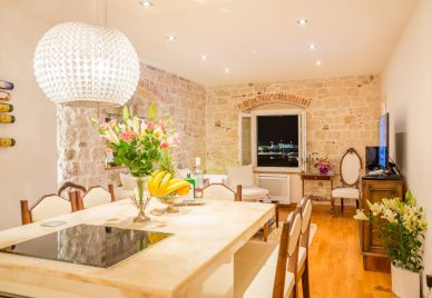 Apartment for sale Split - ST1213IV - dining and living area