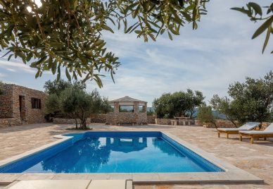 Villa for sale Brac - BR1484